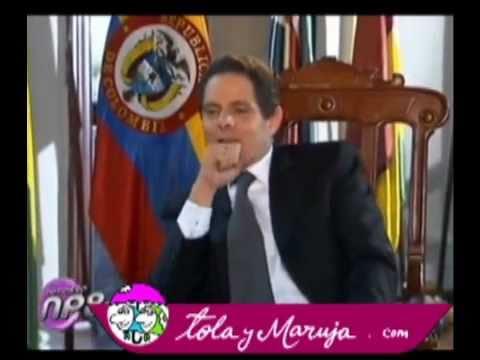 Tola y Maruja con el Ministro Vargas Lleras